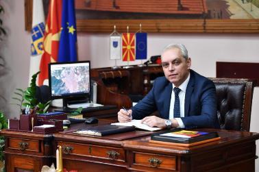 Општина Струмица скрати од непродуктивните трошоци и донира еден милион денари на Општата болница