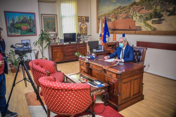 Градоначалникот Јаневски со Отчет за сработеното во трите години од мандатот