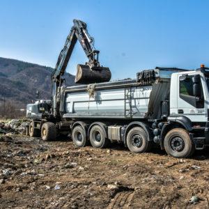 Се чистат дивите депонии на територијата на општина Струмица