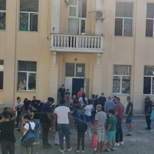 Градоначалникот Јаневски им ја честиташе новата учебна година на учениците од основните и средните училишта
